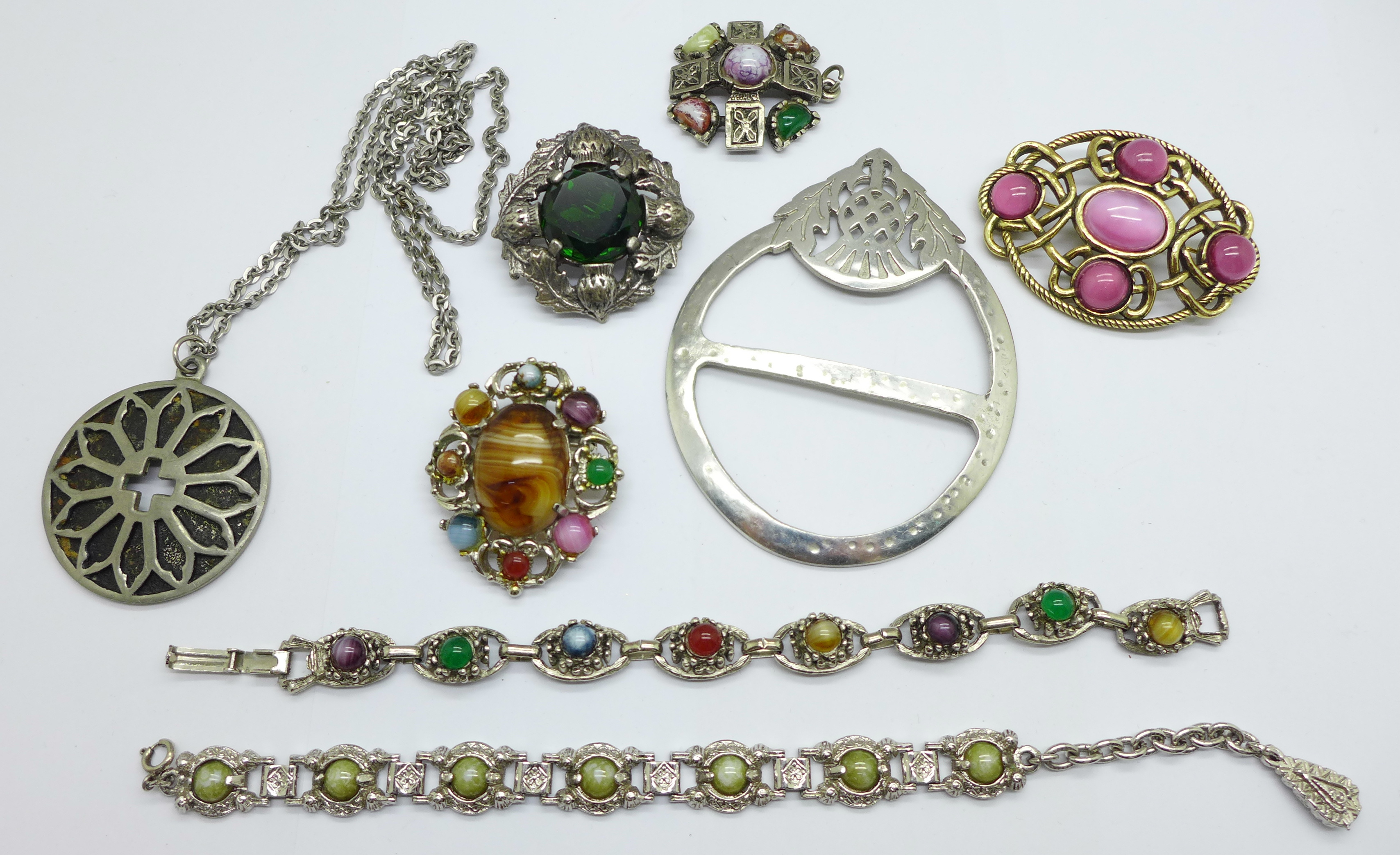 Celtic jewellery including Miracle and Justin pewter