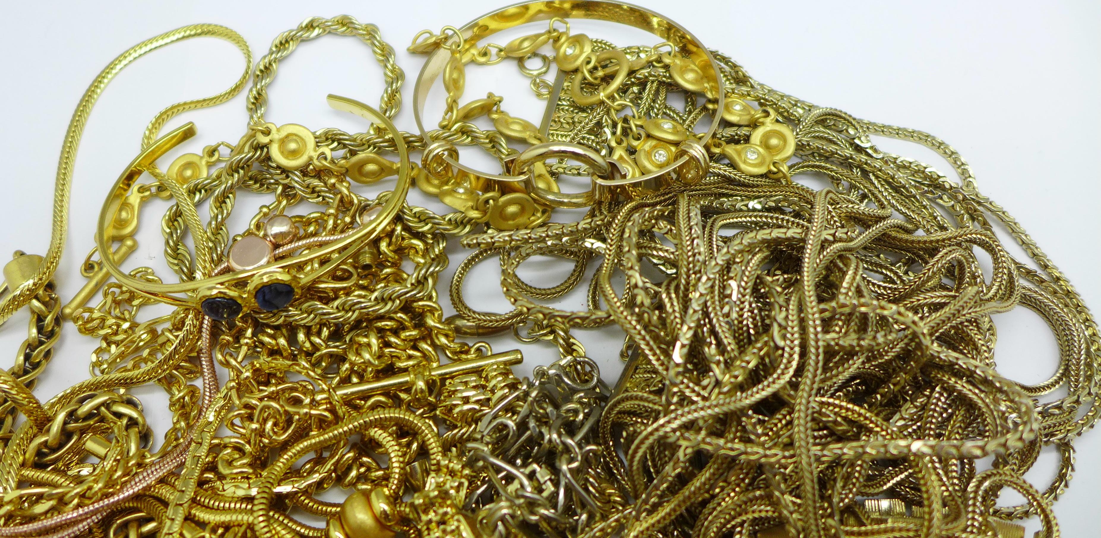Gold tone costume jewellery - Image 3 of 3