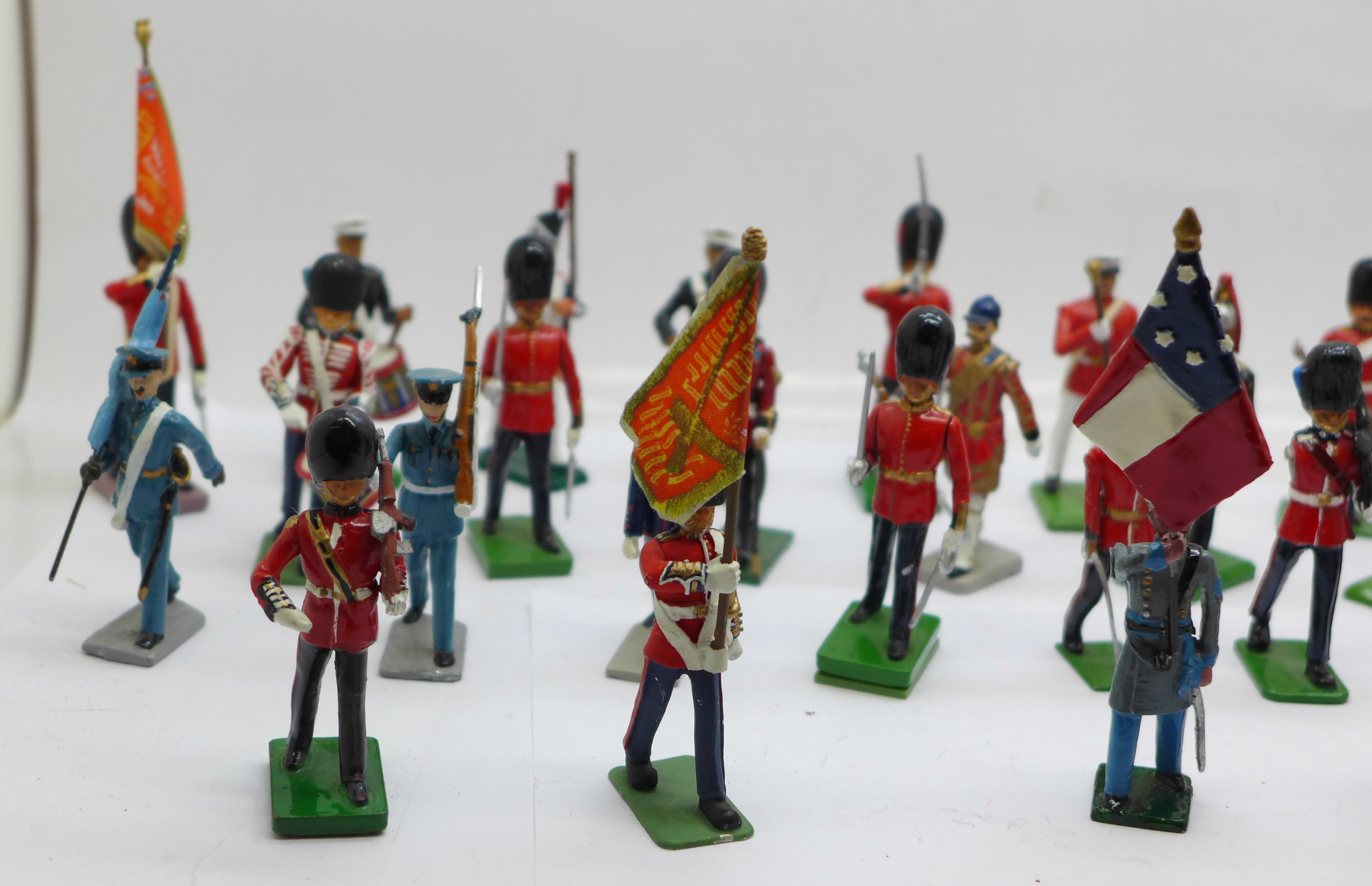 A collection of assorted metal military themed figures - Image 2 of 5