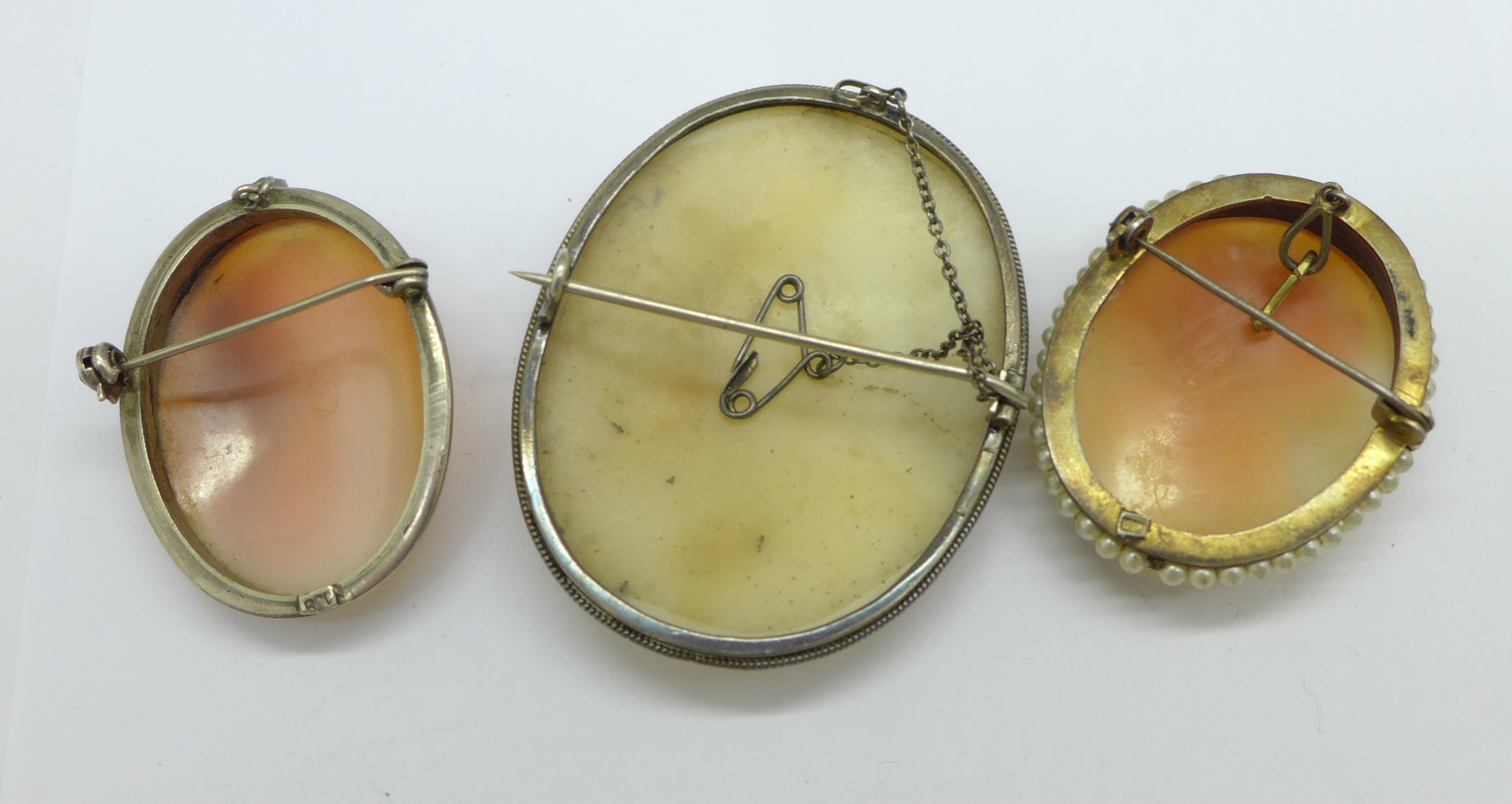 Three silver cameo brooches - Image 2 of 2