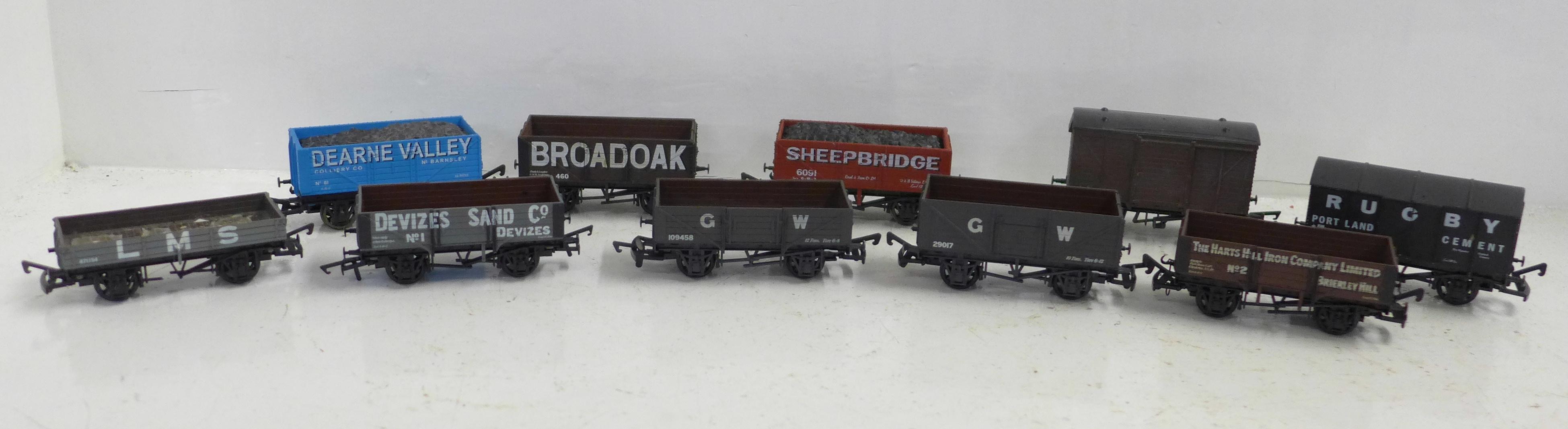 Ten OO gauge model railway wagons including Airfix and Dapol