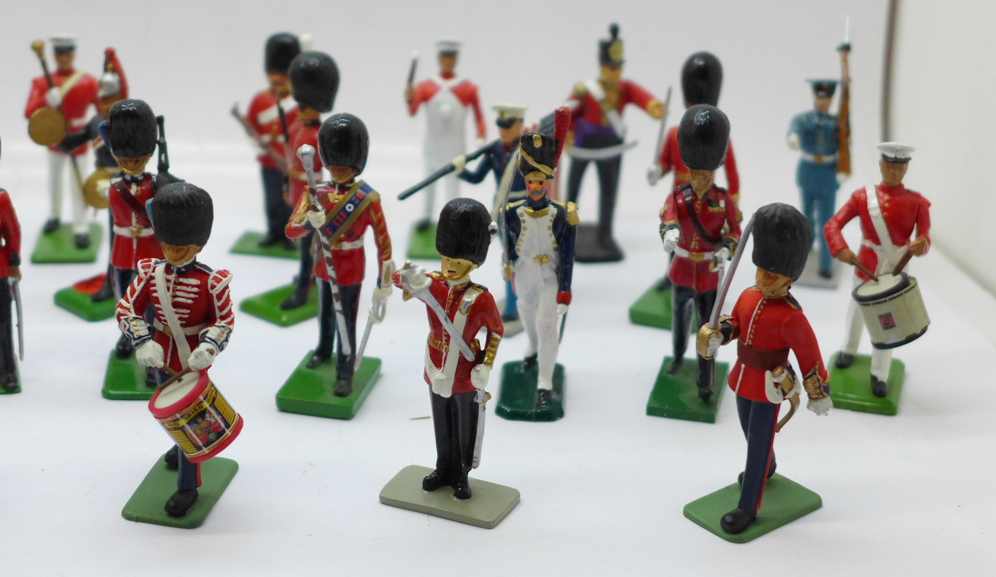 A collection of assorted metal military themed figures - Image 3 of 5