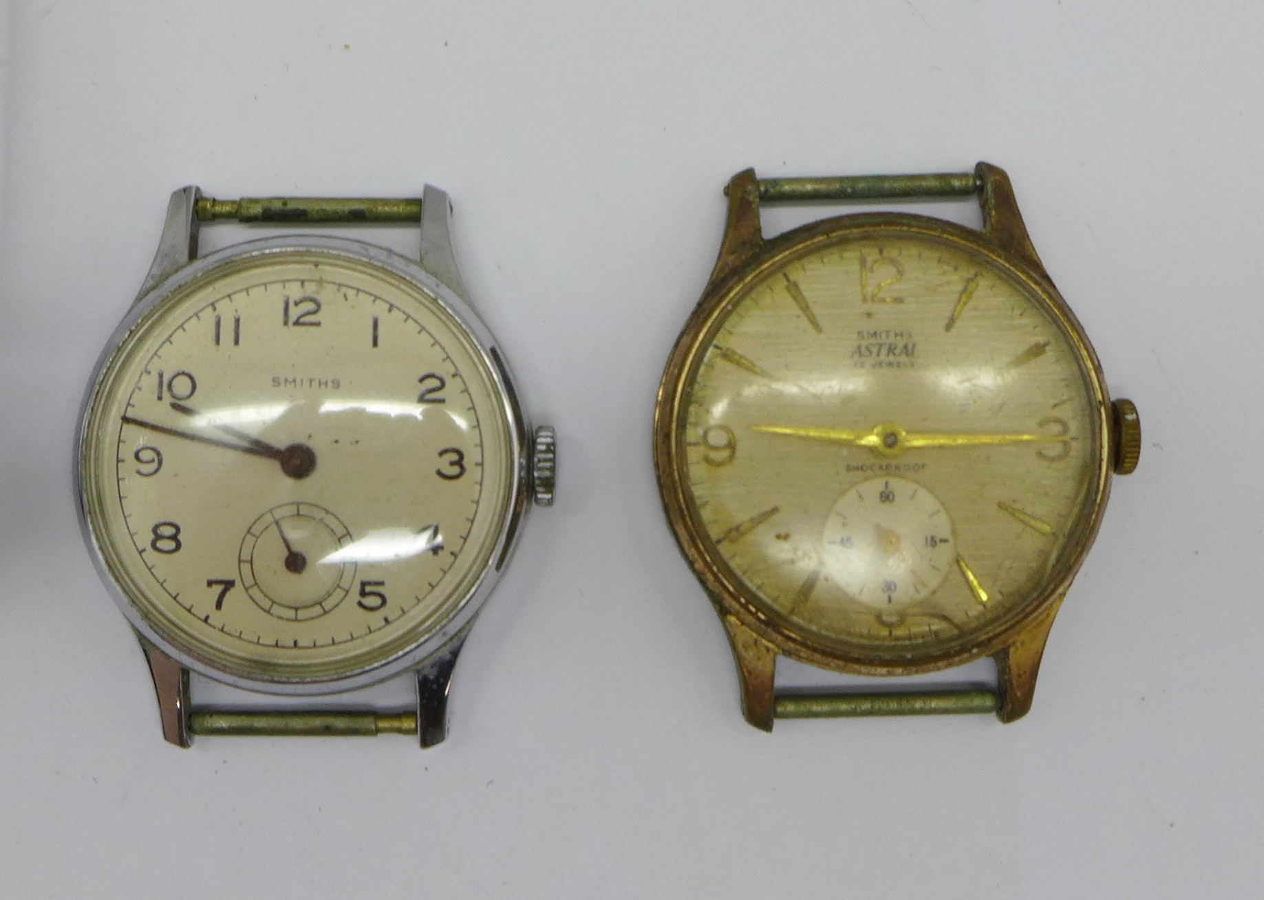 A Smiths Astral, Smiths Astrolon and one other Smiths wristwatch with De Luxe movement - Image 2 of 5