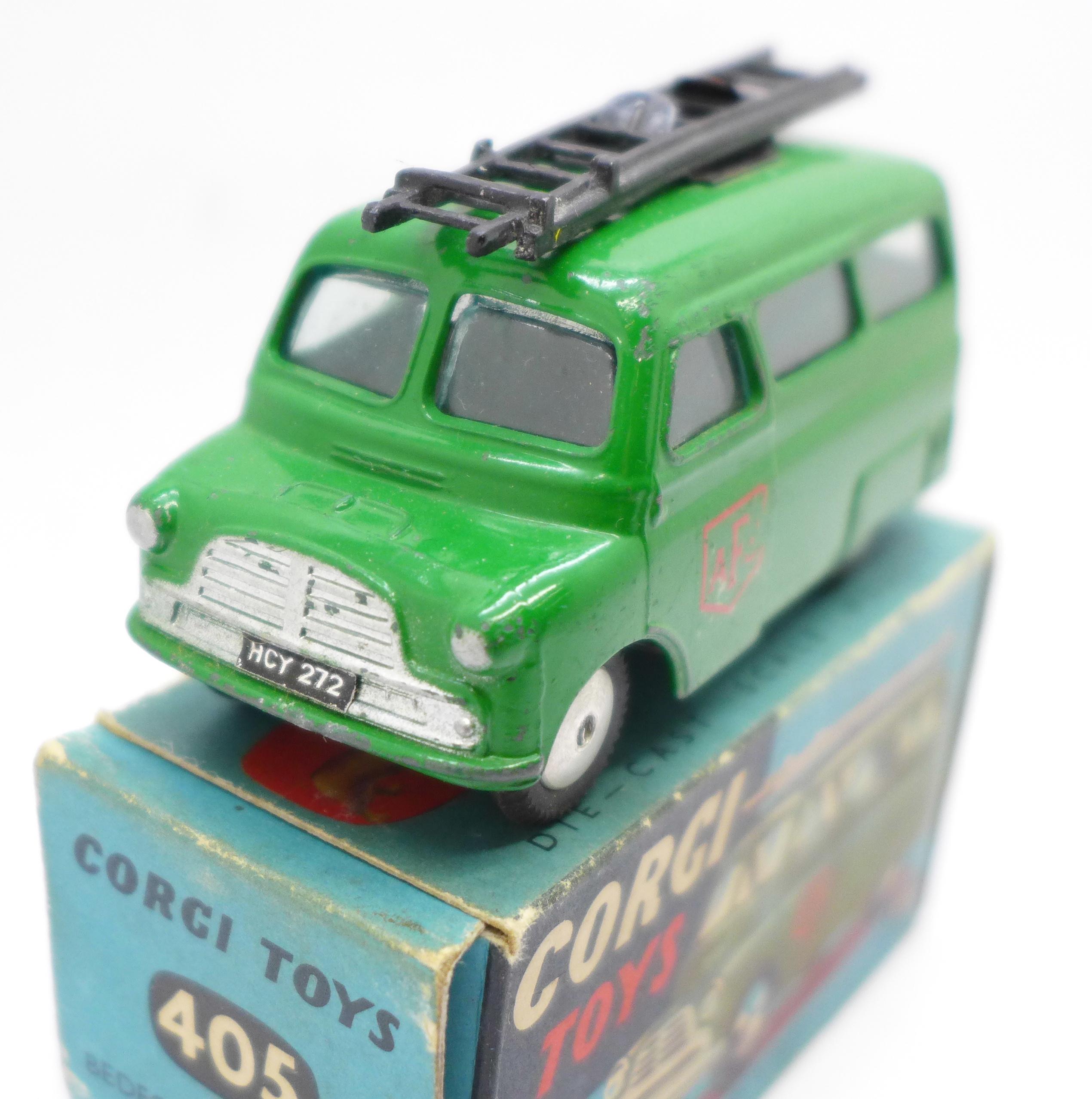 A Corgi Toys No. 405 Bedford Utilecon, boxed - Image 2 of 5