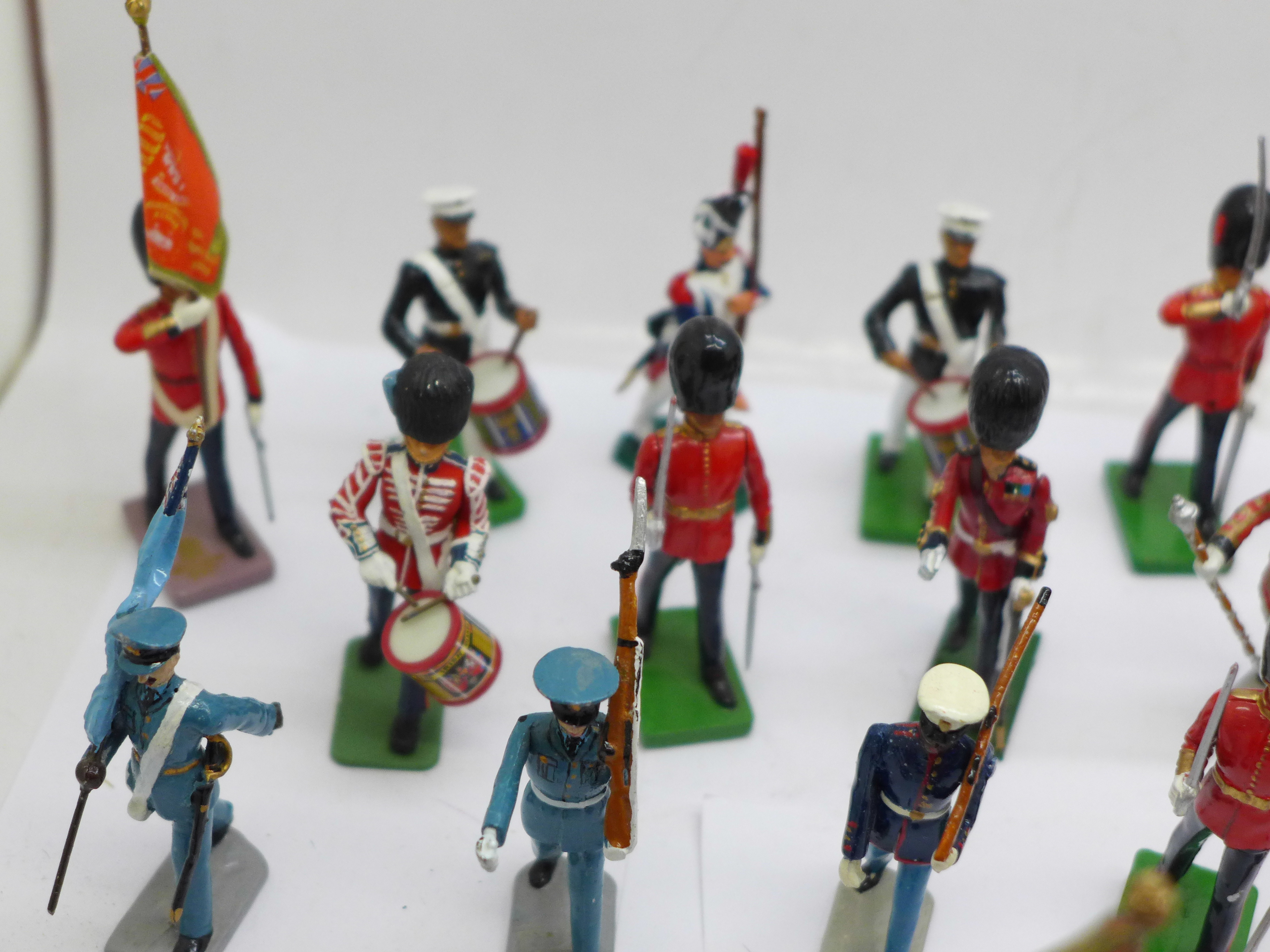 A collection of assorted metal military themed figures - Image 4 of 5