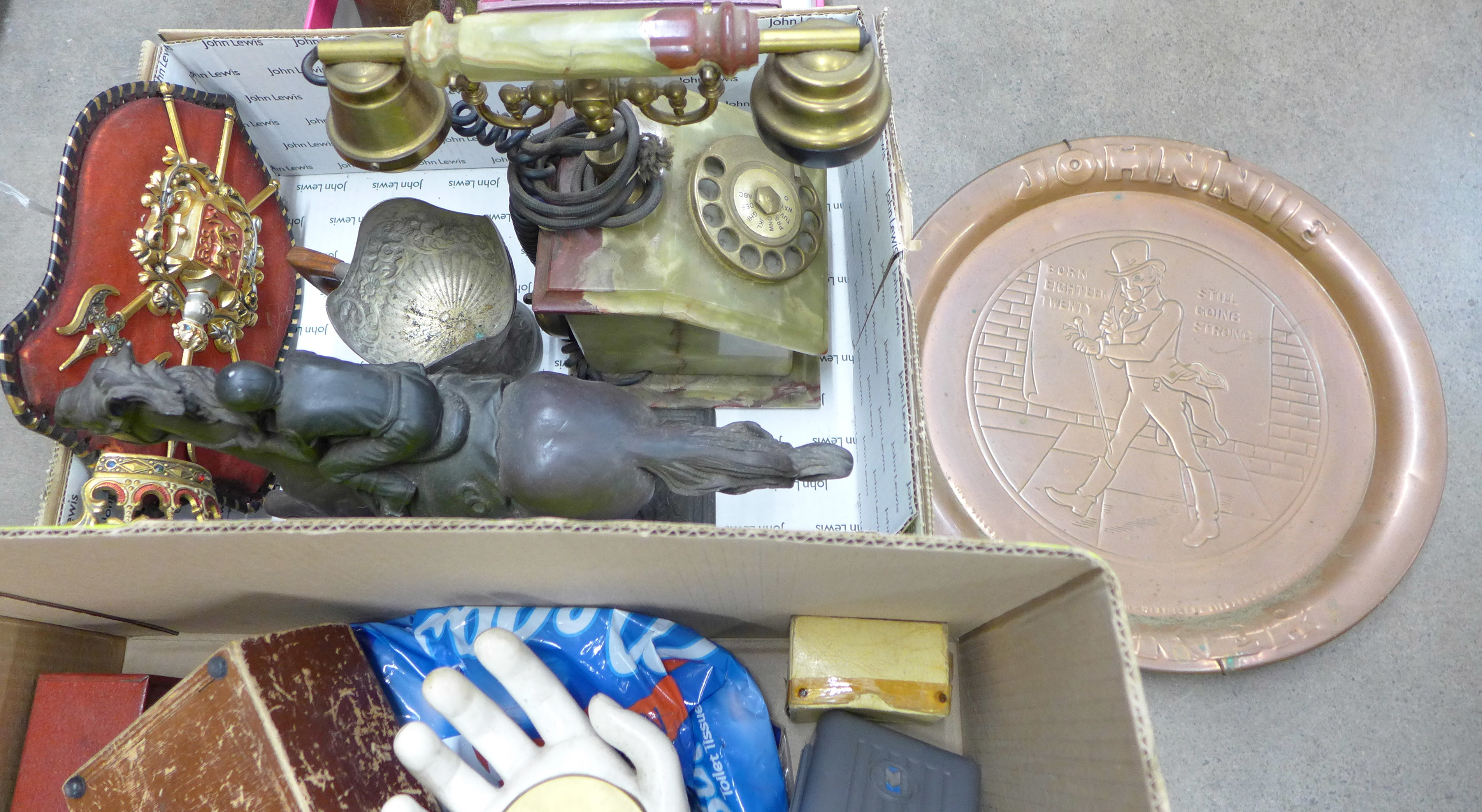Four boxes of assorted items **PLEASE NOTE THIS LOT IS NOT ELIGIBLE FOR POSTING AND PACKING** - Image 4 of 5