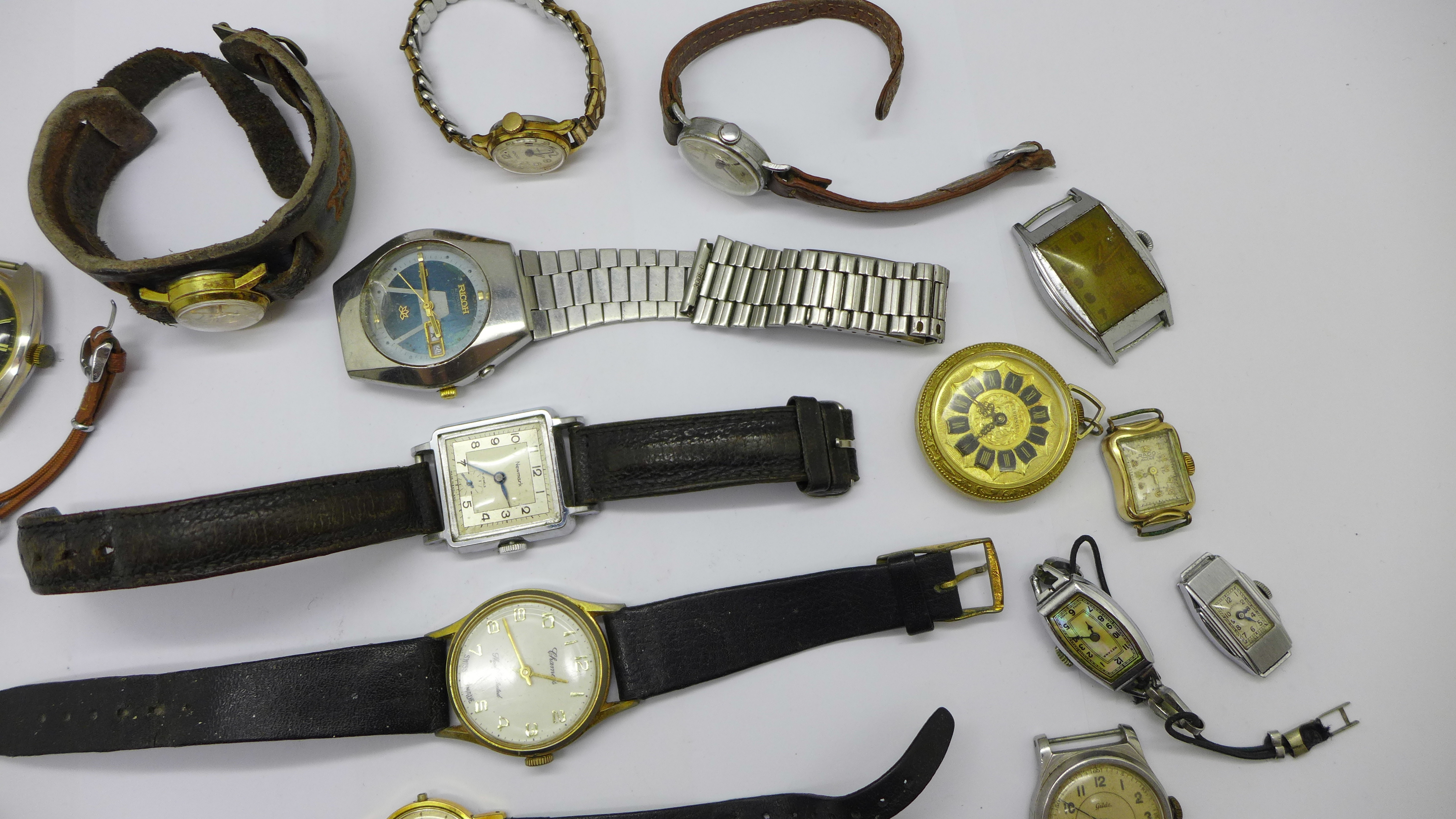 Mechanical wristwatches, a/f - Image 4 of 6