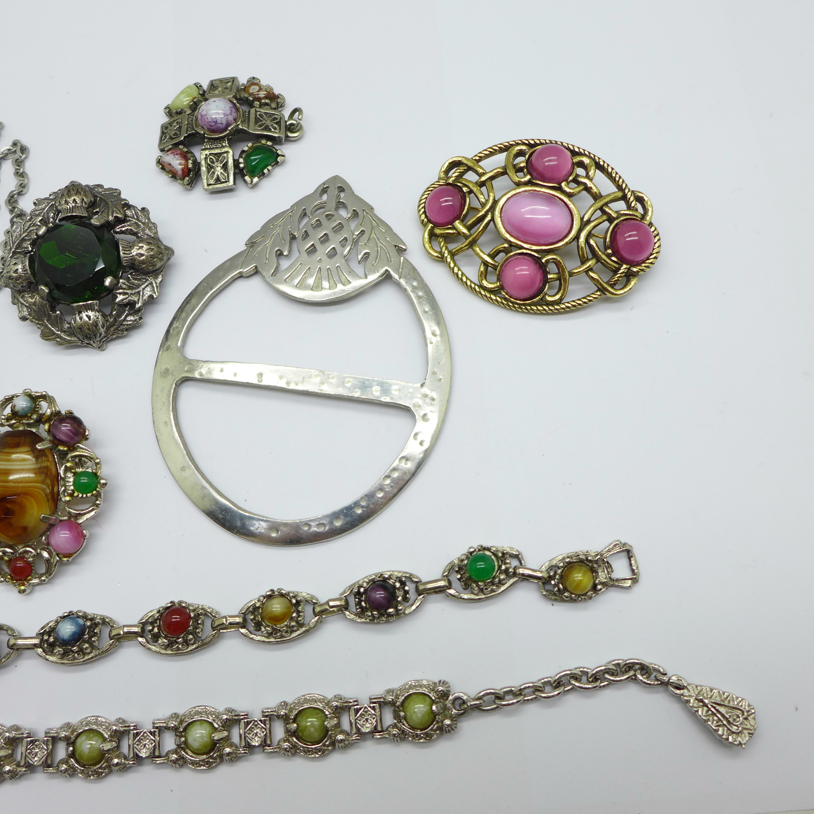 Celtic jewellery including Miracle and Justin pewter - Image 3 of 3