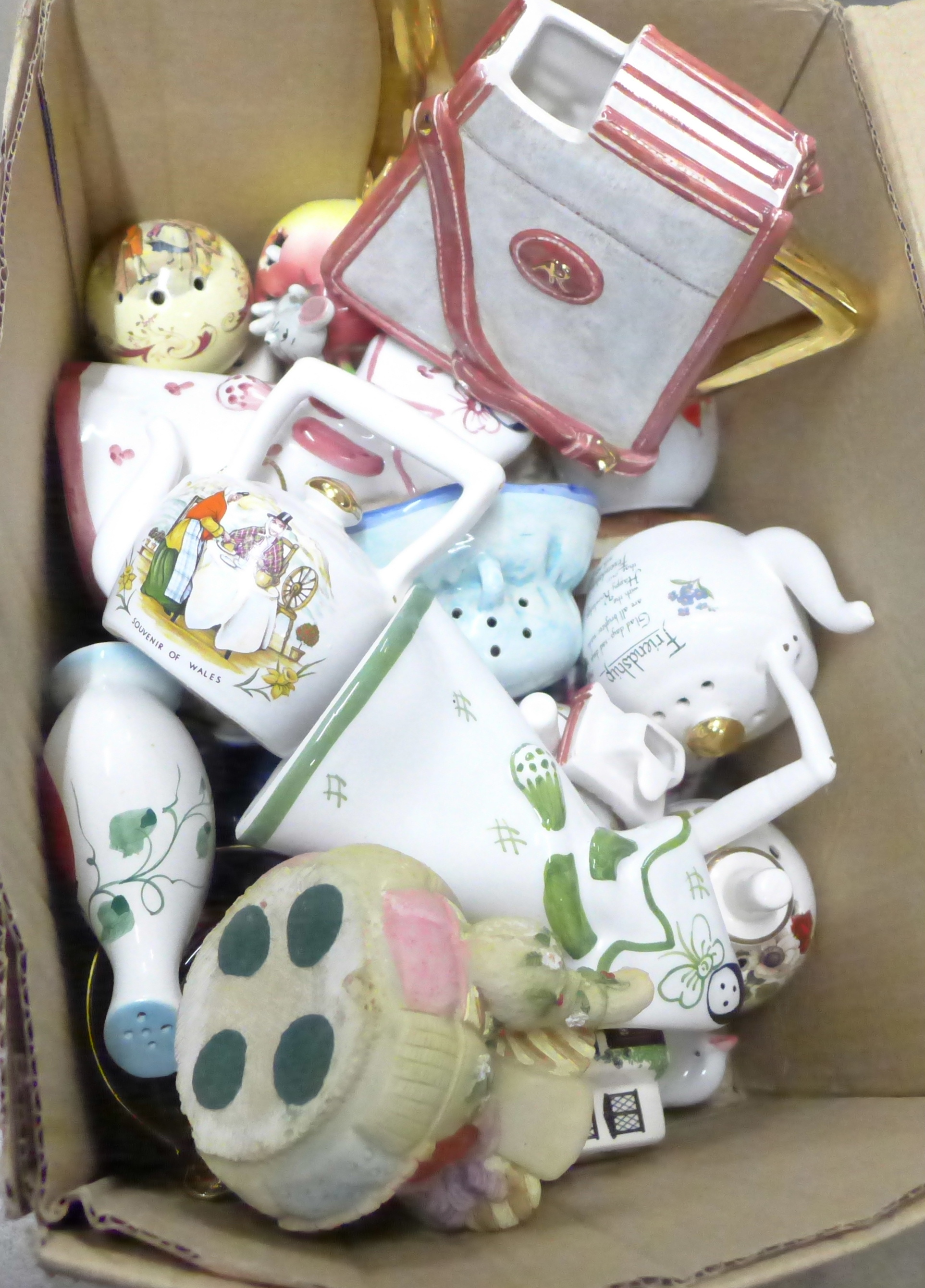 A box of miniature teapots and pot pourri pots, etc. **PLEASE NOTE THIS LOT IS NOT ELIGIBLE FOR