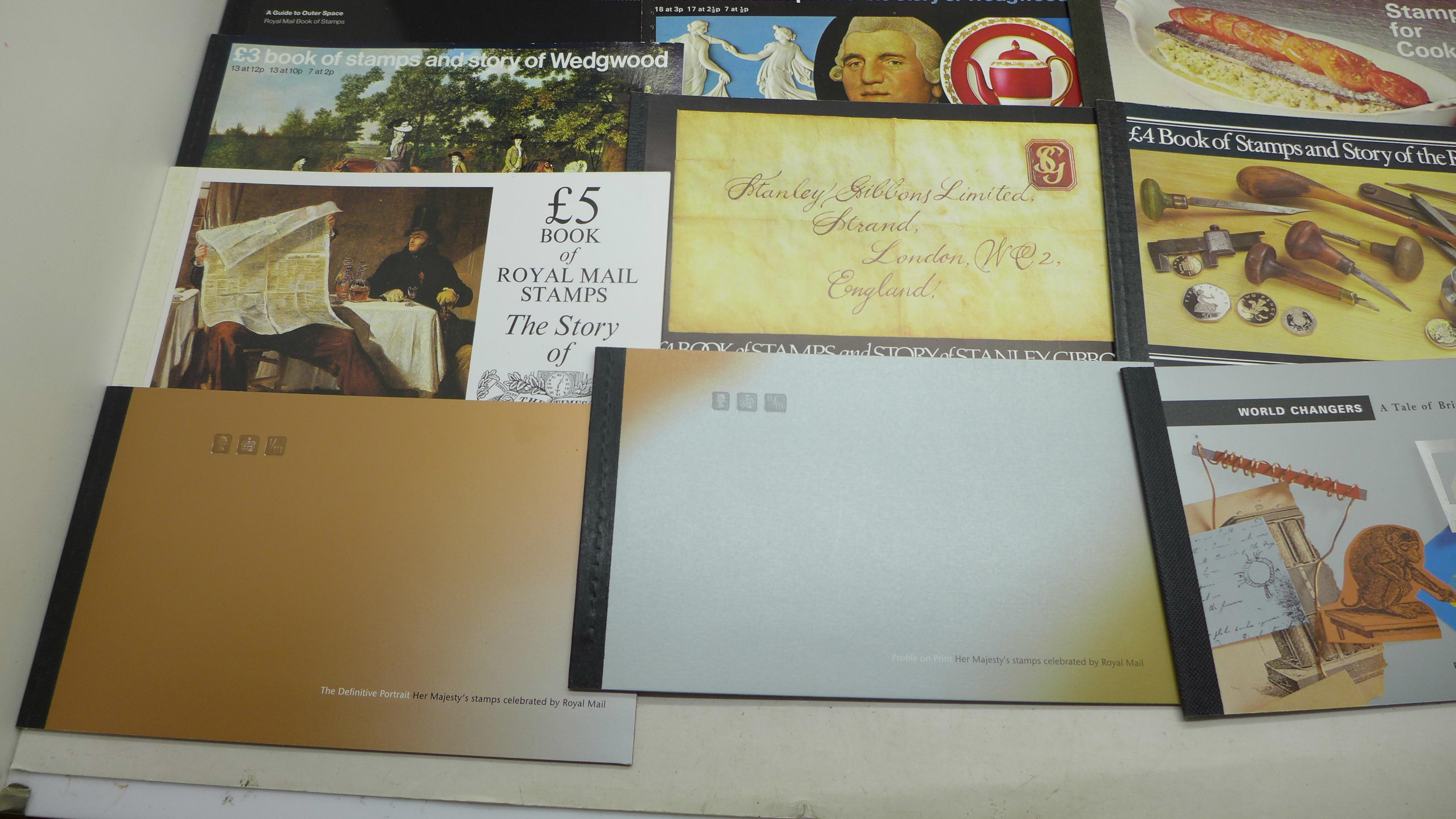 Stamps; GB prestige booklets, including both Wedgwood, 15 booklets with a face value of - Image 4 of 5