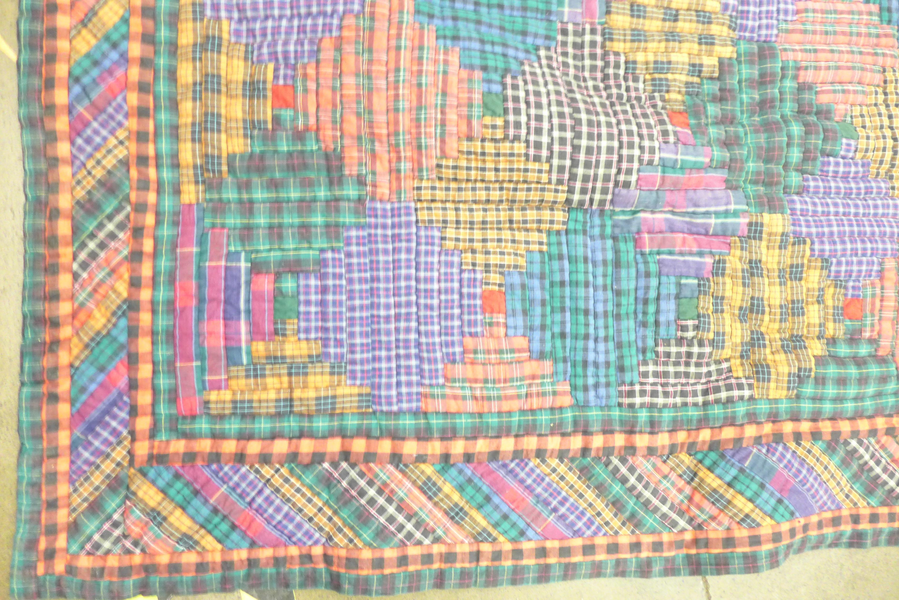 A vintage 1970's/80's quilt, Nimble Fingers 100% cotton, double to kingsize - Image 2 of 4