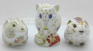 Three Royal Crown Derby paperweights - Collectors Guild Exclusives; Riverbank Vole with gold