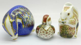 Three Royal Crown Derby paperweights, Buxton Badger, 489 of 500, Stoney Middleton Squirrel, 297 of