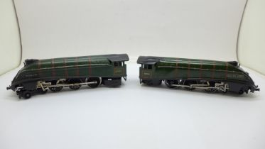 Two Hornby Dublo steam locomotives, Silver Fox 4-6-2 and Silver King 4-6-2, Silver King boxed