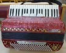 A piano accordion, Prontalini
