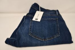 A pair of as new Frame Le Beau jeans in Burnside (Size 30).