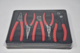 A boxed as new Mac Tools 5 piece small set (FPS5S).