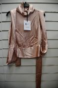 One as new Galvan London Satin Luna rose nude top size 36 (120SETPSS601002RN).