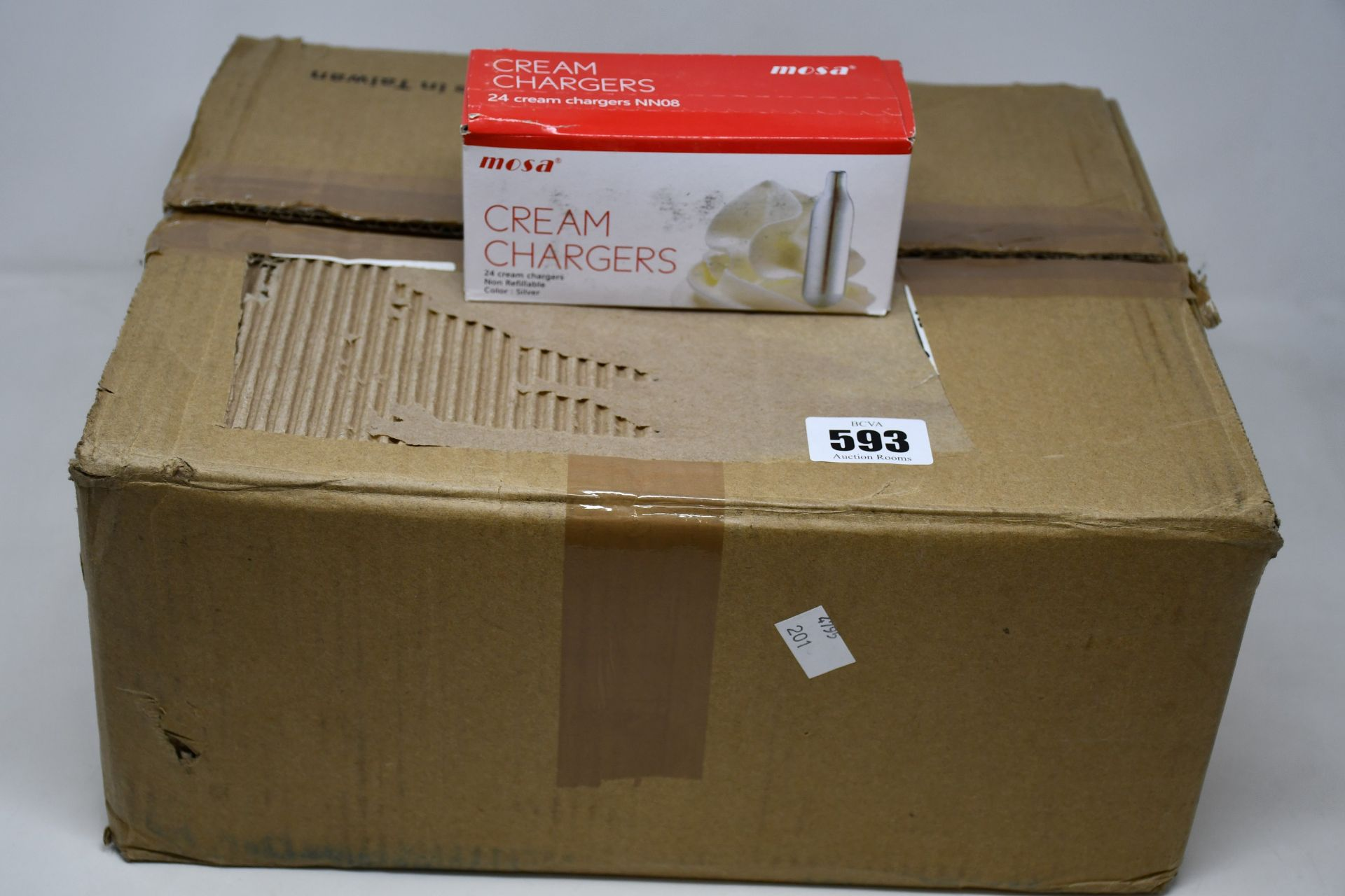 One boxed as new Mosa twenty four pack non refillable cream chargers (Approximately: 25 packs).