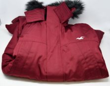 An as new Hollister All Weather Collection coat (XL - RRP £119).