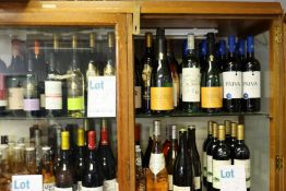 A large quantity of assorted wine and related items to include 1900 Rigol cava, Altos Ibericos Rioja