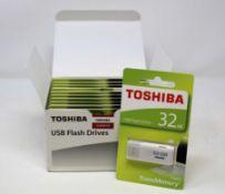 Twenty boxed as new Toshiba by Kioxia TransMemory U202 32GB USB Flash Drives in White (Boxes