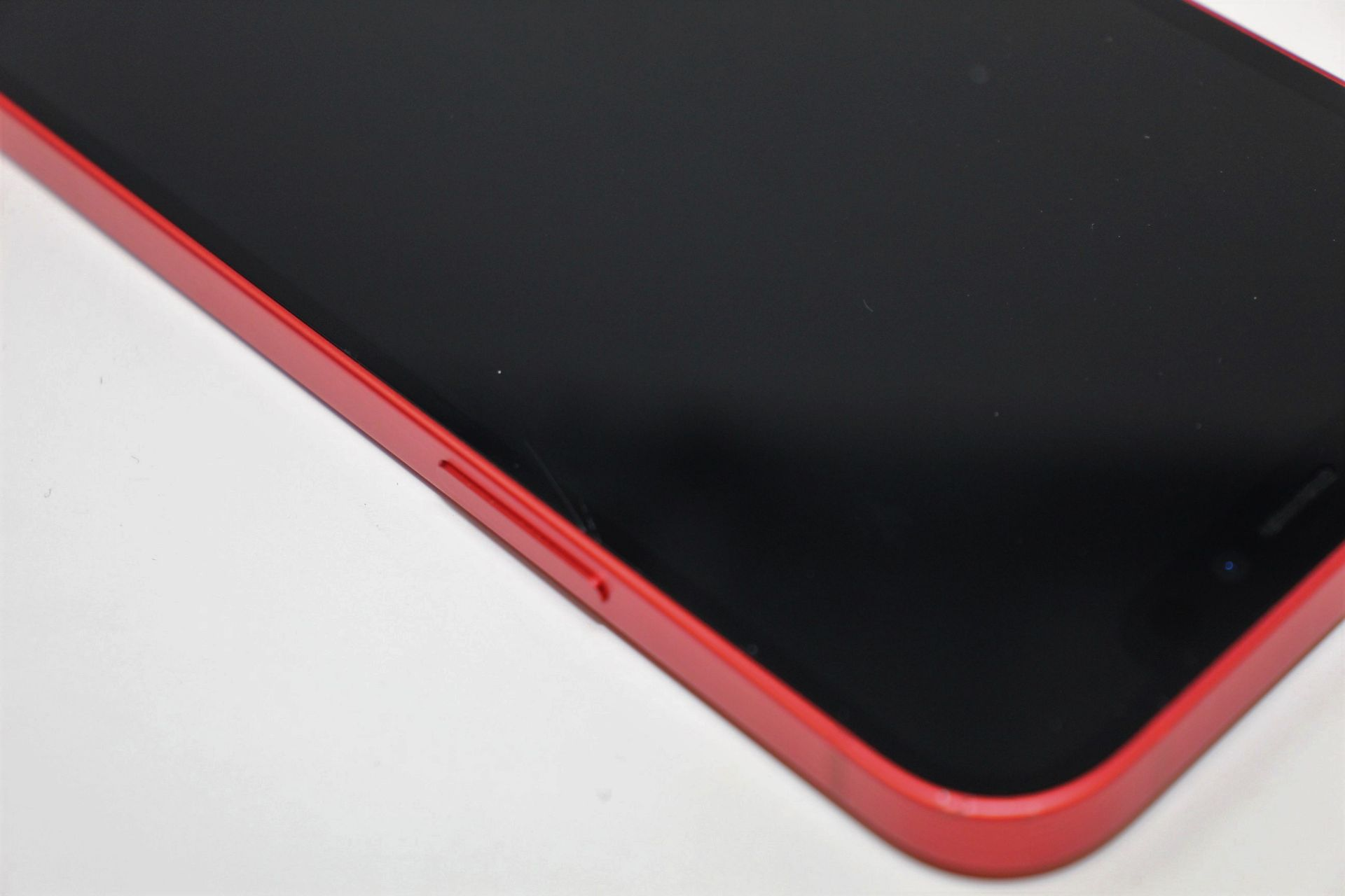 A pre-owned Apple iPhone 12 (Global/A2403) 128GB in Red (FRP clear. Some scratches to screen glass - Image 10 of 16