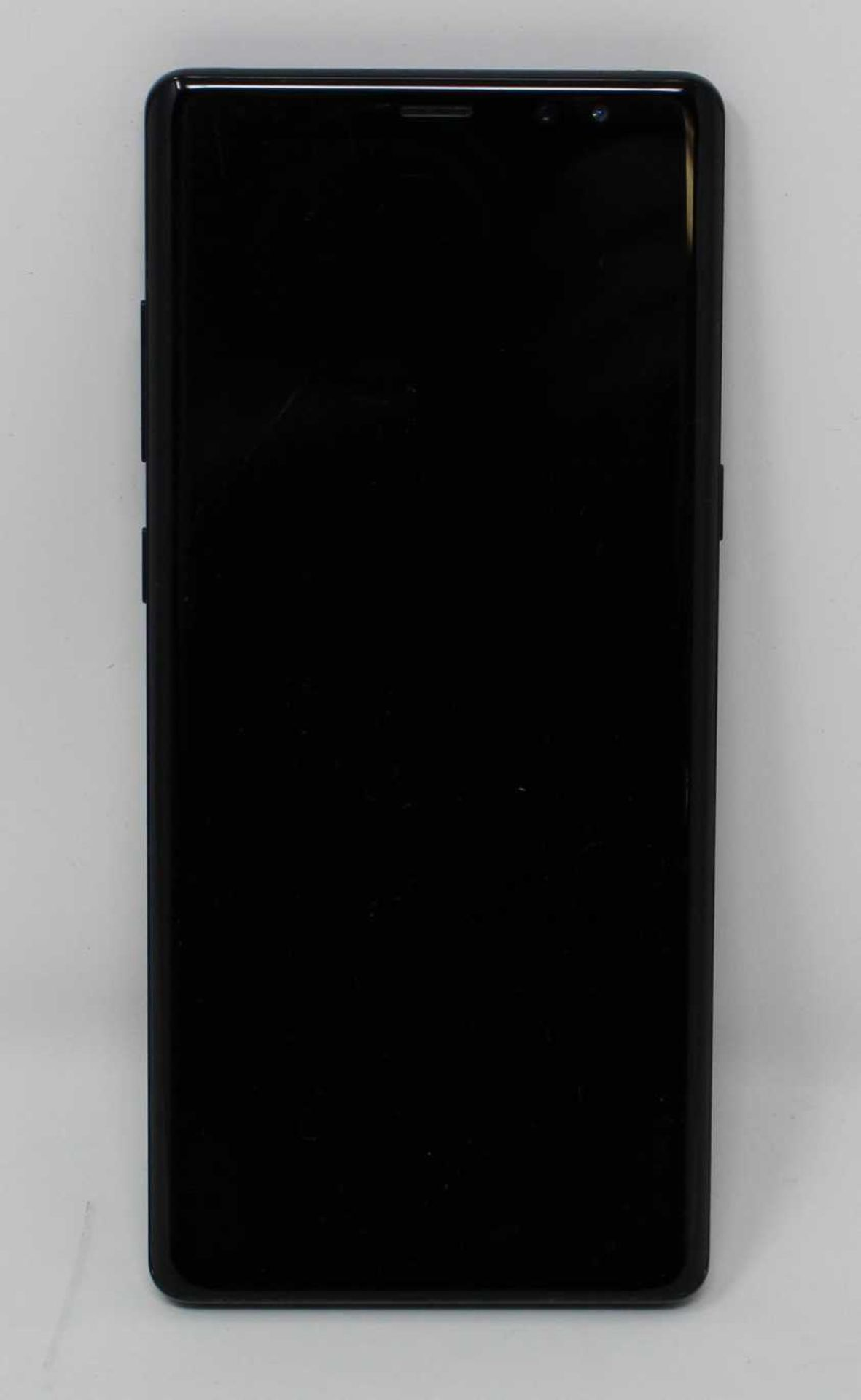 A pre-owned Samsung Galaxy Note 8 SM-N950F 64GB in Black (FRP clear. Some cosmetic scratches to - Image 2 of 7