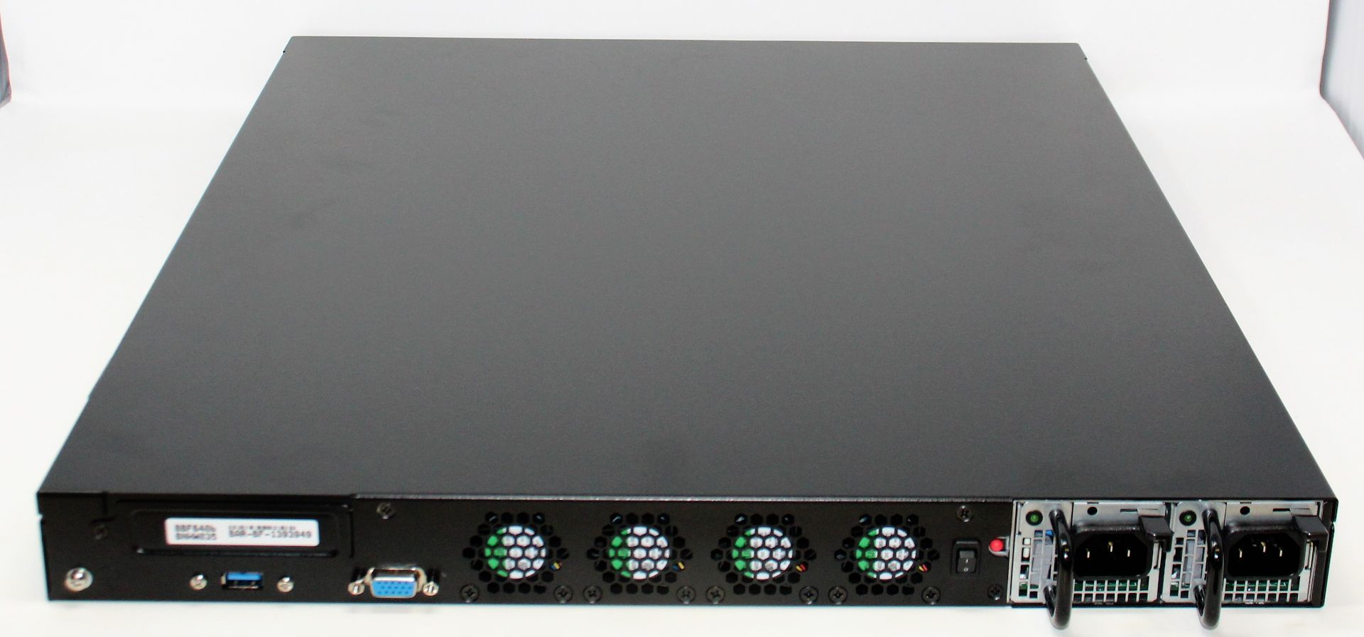 A boxed as new Barracuda Load Balancer ADC 640 (BBF640B BAR-BF-139349) (Rails, cables and manual