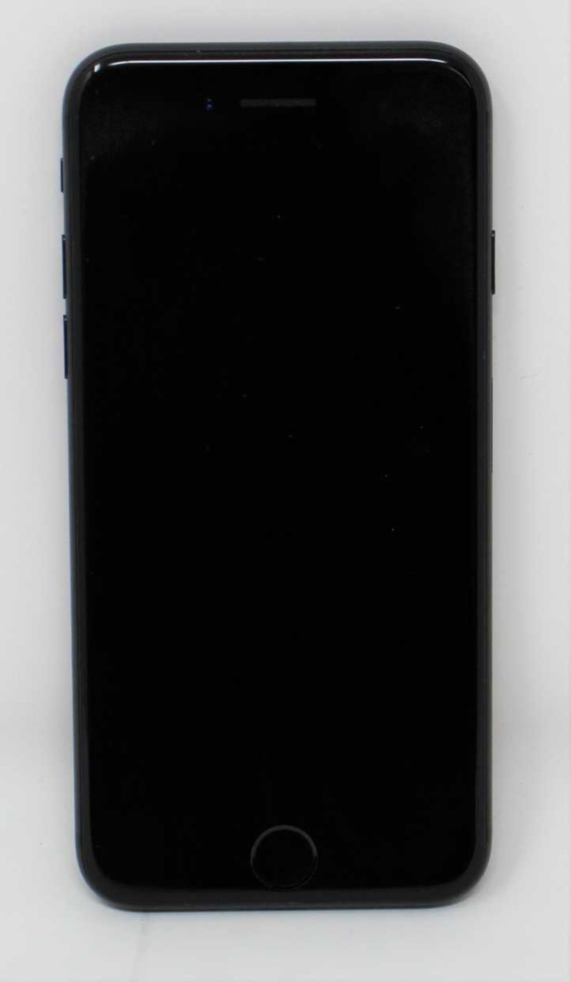 A pre-owned Apple iPhone 7 (AT&T/T-Mobile/Global/A1778) 32GB in Black (iCloud activation clear) (