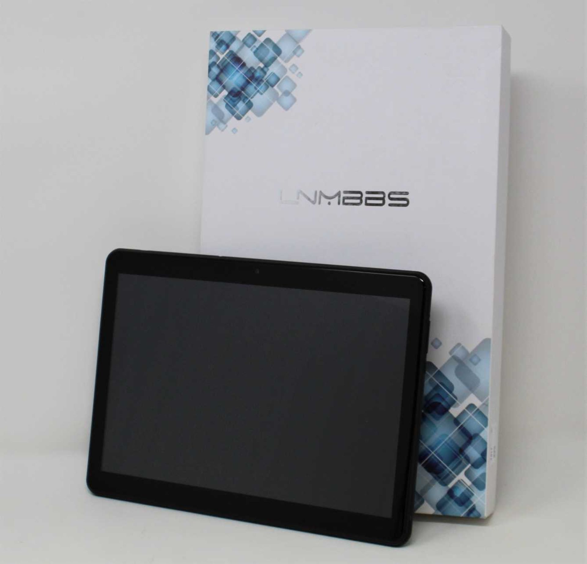 """A pre-owned LNMBBS K802 32GB Dual SIM 10.1"""" Android Tablet in Black (Box and accessories included,"""