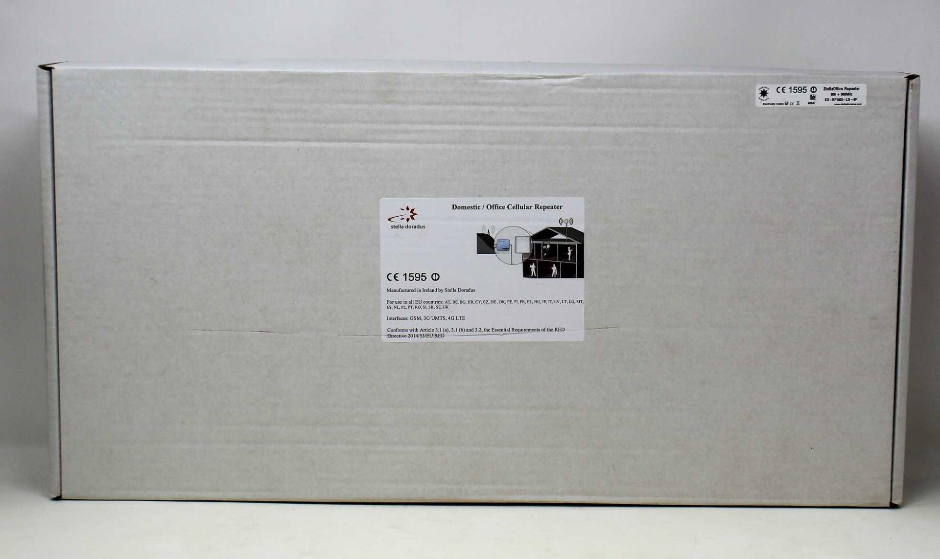 A boxed as new Stella Doradus StellaOffice Repeater 800 + 900MHz SD-RP1002-LG-4P (UK plug adaptoer