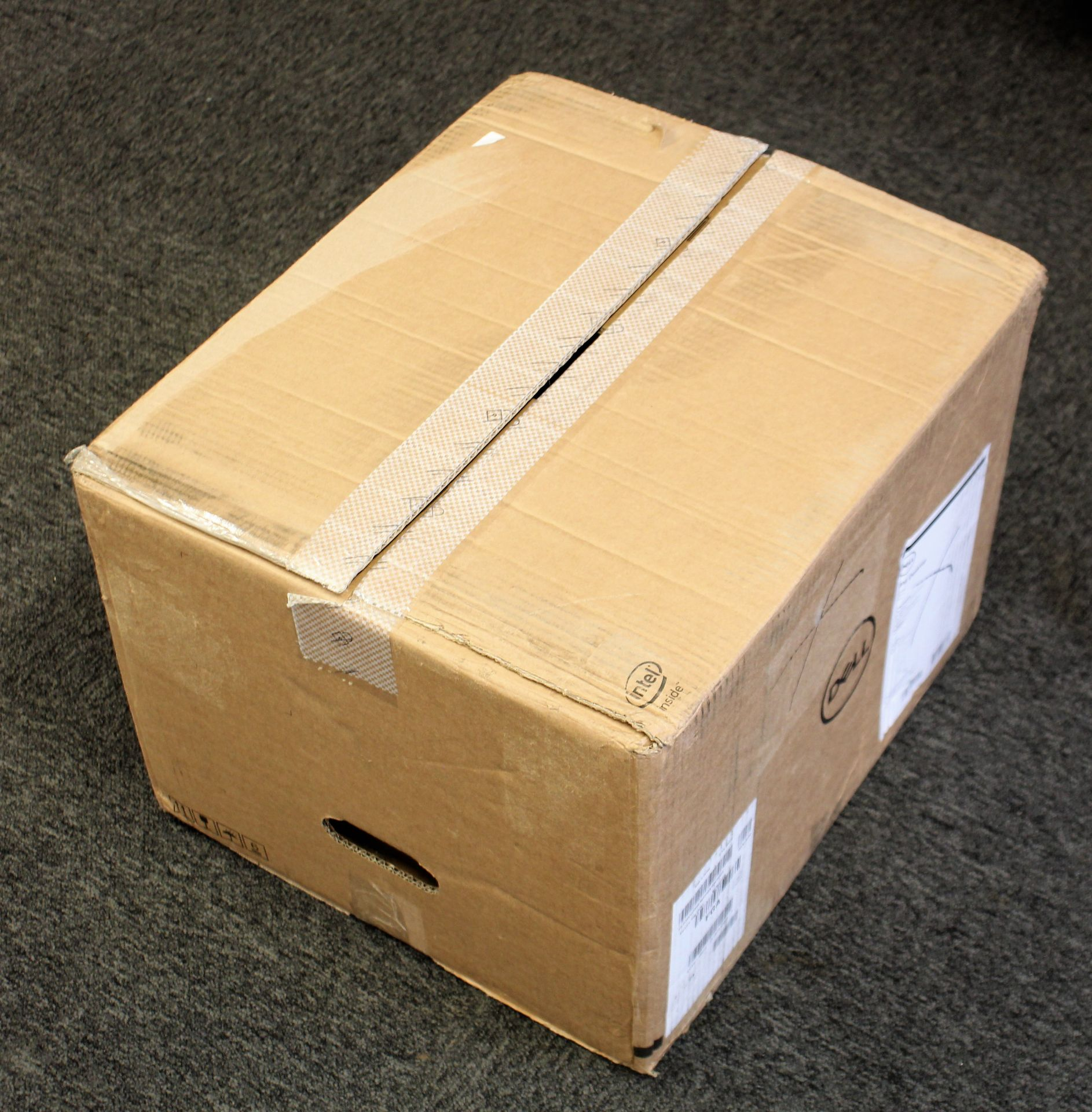 A boxed as new Dell XPS 8940 Tower Computer in Black with Intel Core i7-10700 2.9GHz CPU, 16GB - Image 2 of 14