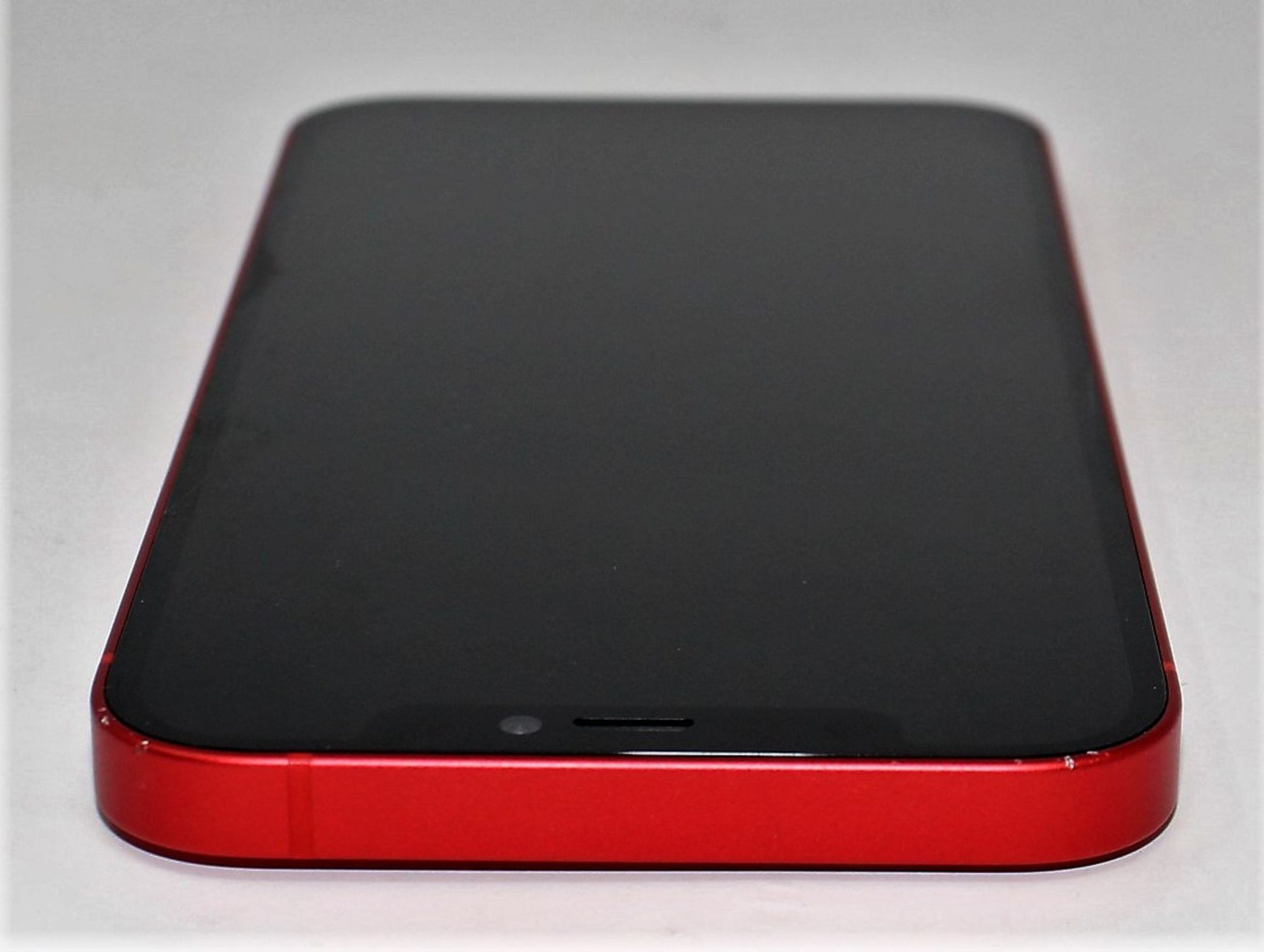 A pre-owned Apple iPhone 12 (Global/A2403) 128GB in Red (FRP clear. Some scratches to screen glass - Image 5 of 16