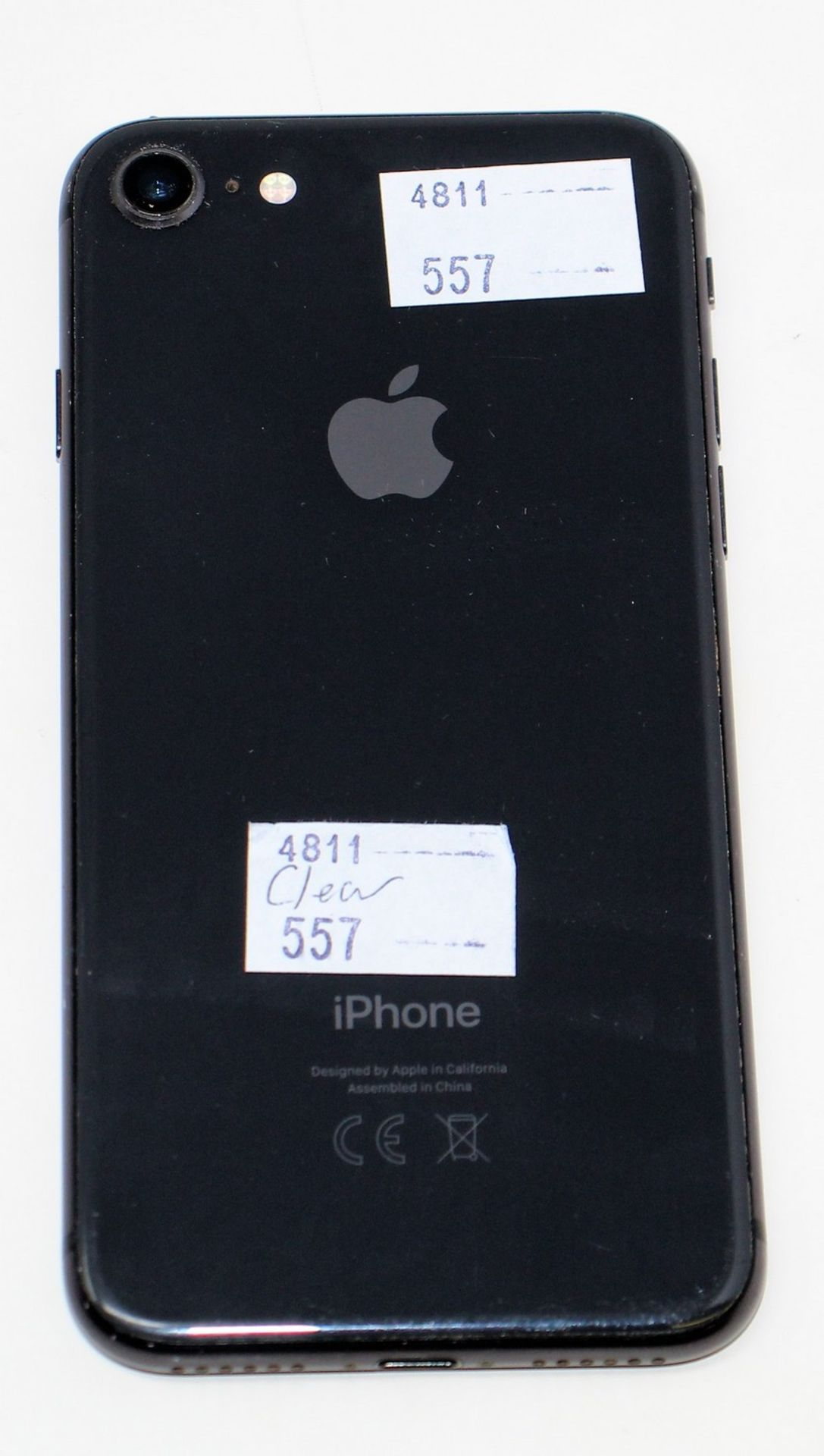 A pre-owned Apple iPhone 8 (AT&T/T-Mobile/Global/A1905) 64GB in Space Grey (iCloud activation clear, - Image 7 of 8