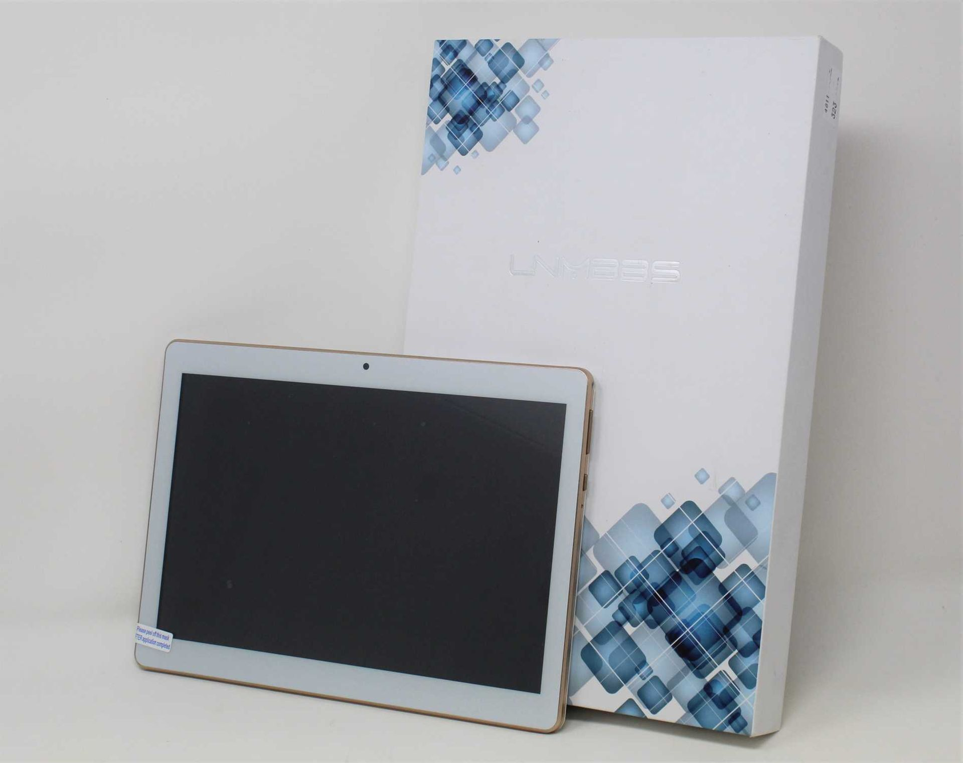 """A boxed as new LNMBBS K107 32GB Dual SIM 10.1"""" Android Tablet in White (Box and accessories"""