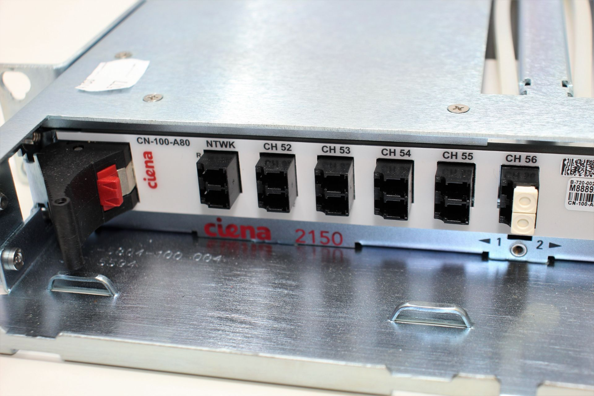 A pre-owned Ciena CN-100-A80 B-720-0022-001 WM0AALWEAA M8942765 DWDM Module (Untested, sold as - Image 3 of 3