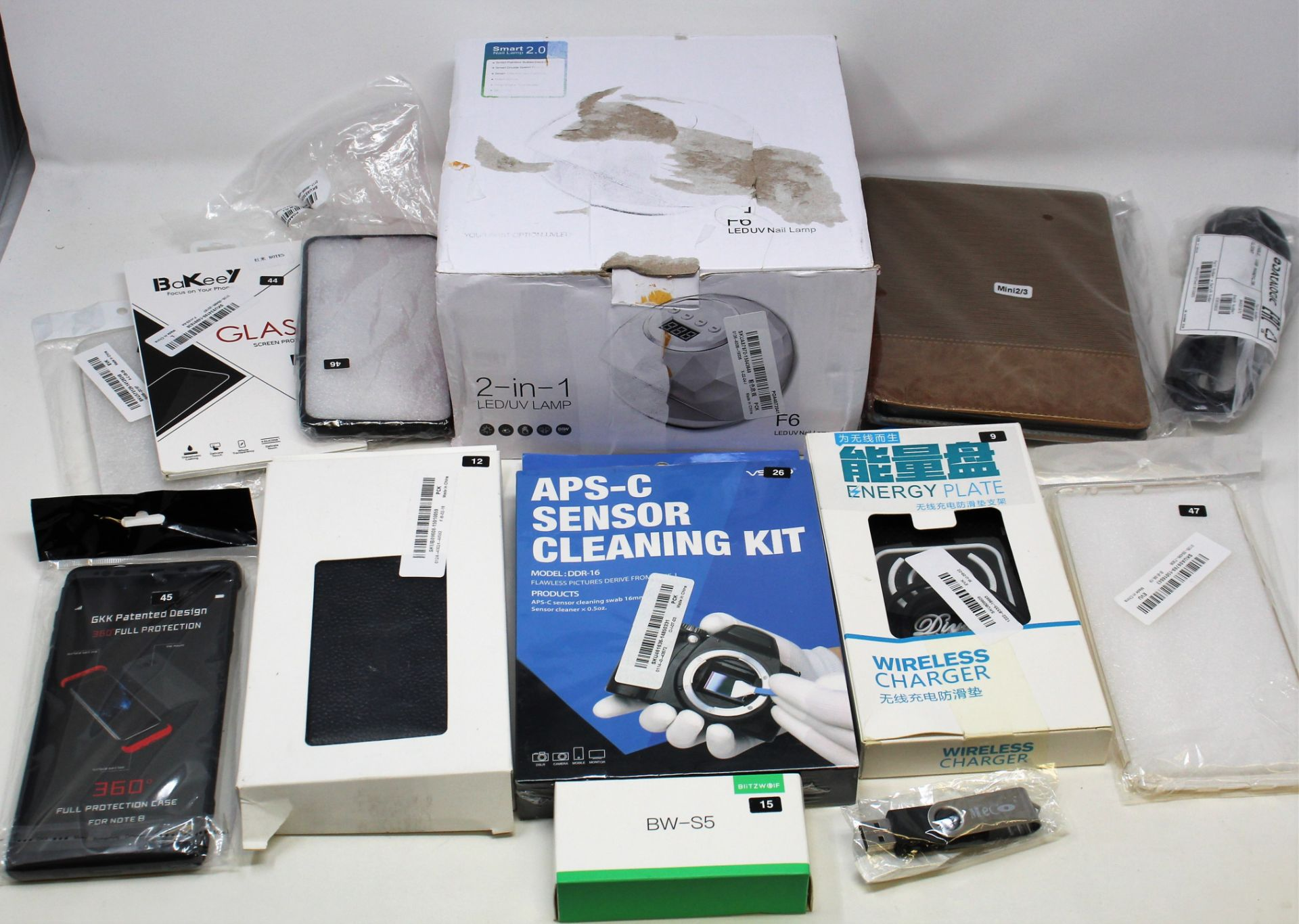 A box of assorted as new electrical items and accessories to include FPV Drone, Smart Doorbell, - Image 5 of 6