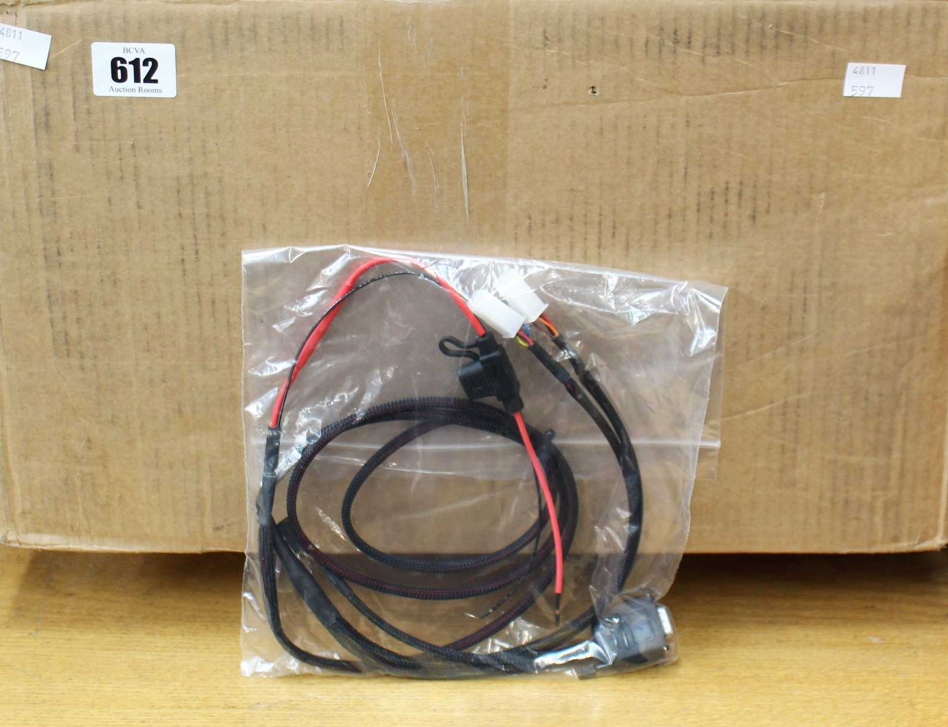 A box of one hundred as new M&M Qualtech CBH-IE-CAL-001-01-04 Interface Cables. - Image 3 of 3