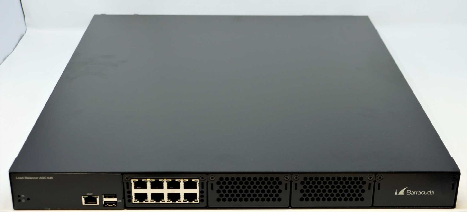 A boxed as new Barracuda Load Balancer ADC 640 (BBF640B BAR-BF-139349) (Rails, cables and manual - Image 2 of 18