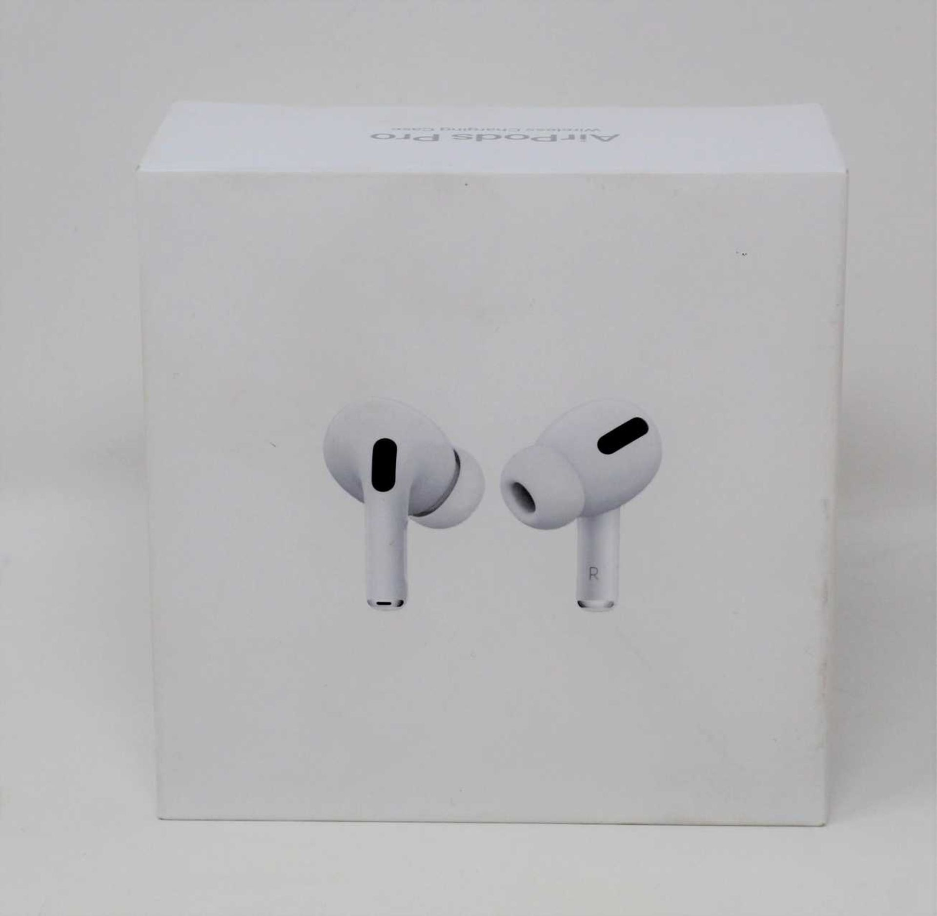 A pre-owned pair of Apple Airpods Pro with Wireless Charging Case (A2083 A2084 A2190) (box, as new - Image 3 of 3