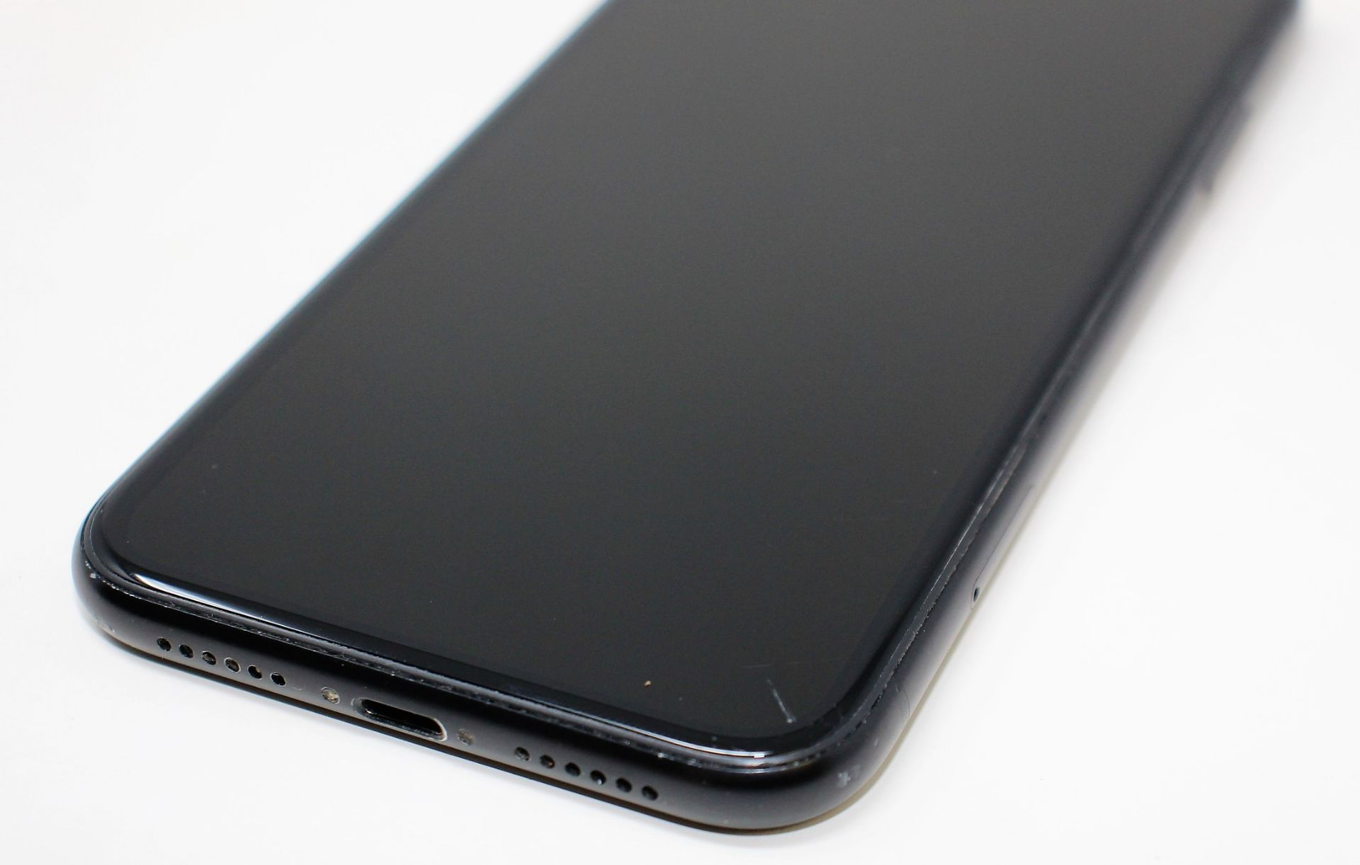 SOLD FOR PARTS: A pre-owned Apple iPhone XR (Global/A2105) 64GB in Black (iCloud Activation - Image 14 of 16