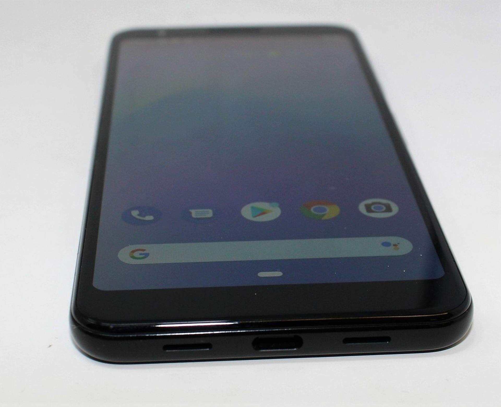 A pre-owned Google Pixel 3a G020G 64GB in Just Black (FRP clear) (Checkmend report ID: CM16922336- - Image 8 of 15
