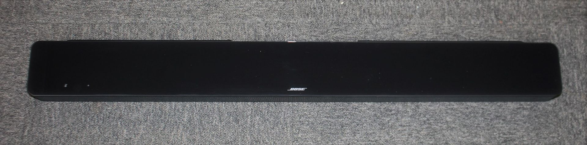 COLLECTION ONLY: A factory refurbished Bose Soundbar 700 in Black (Box damaged).