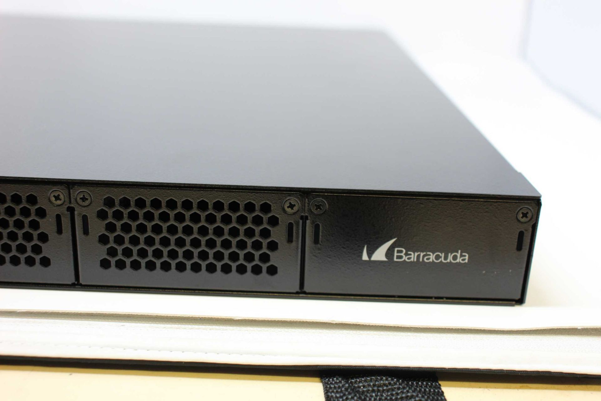 A boxed as new Barracuda Load Balancer ADC 640 (BBF640B BAR-BF-139349) (Rails, cables and manual - Image 7 of 18