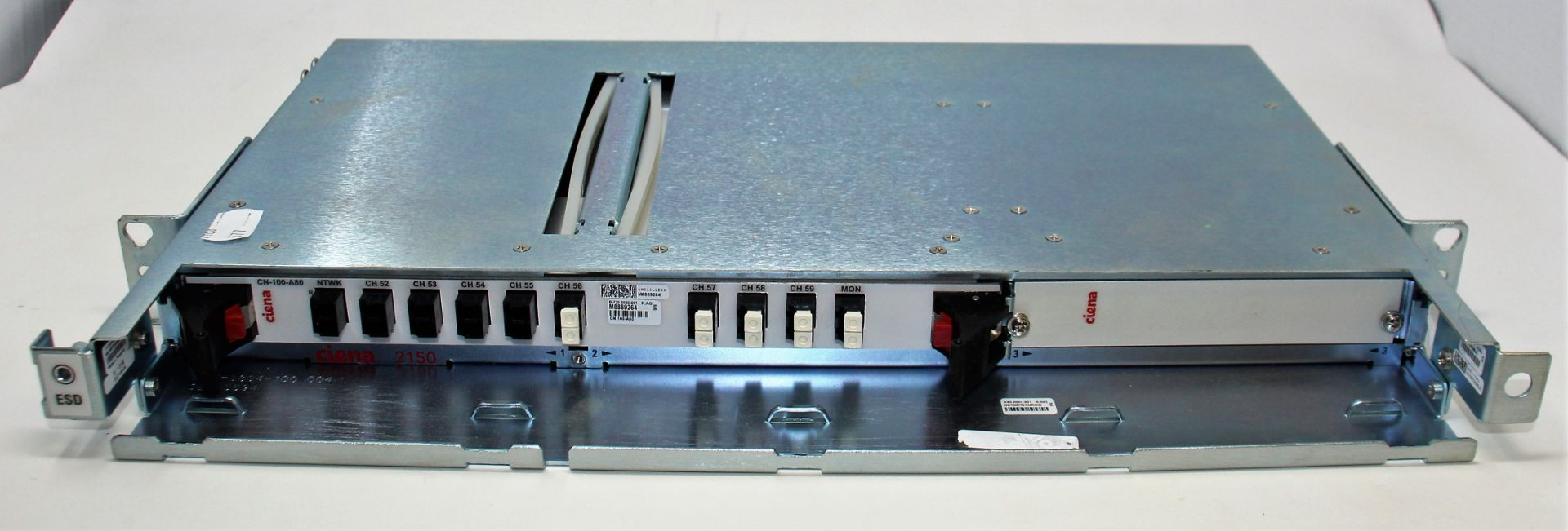 A pre-owned Ciena CN-100-A80 B-720-0022-001 WM0AALWEAA M8942765 DWDM Module (Untested, sold as - Image 2 of 3