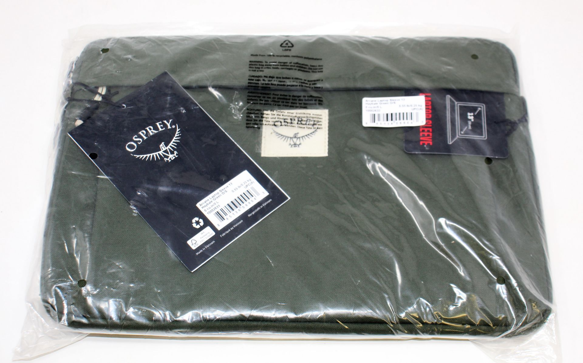 A quantity of assorted as new laptop bags and phone cases. - Image 6 of 8