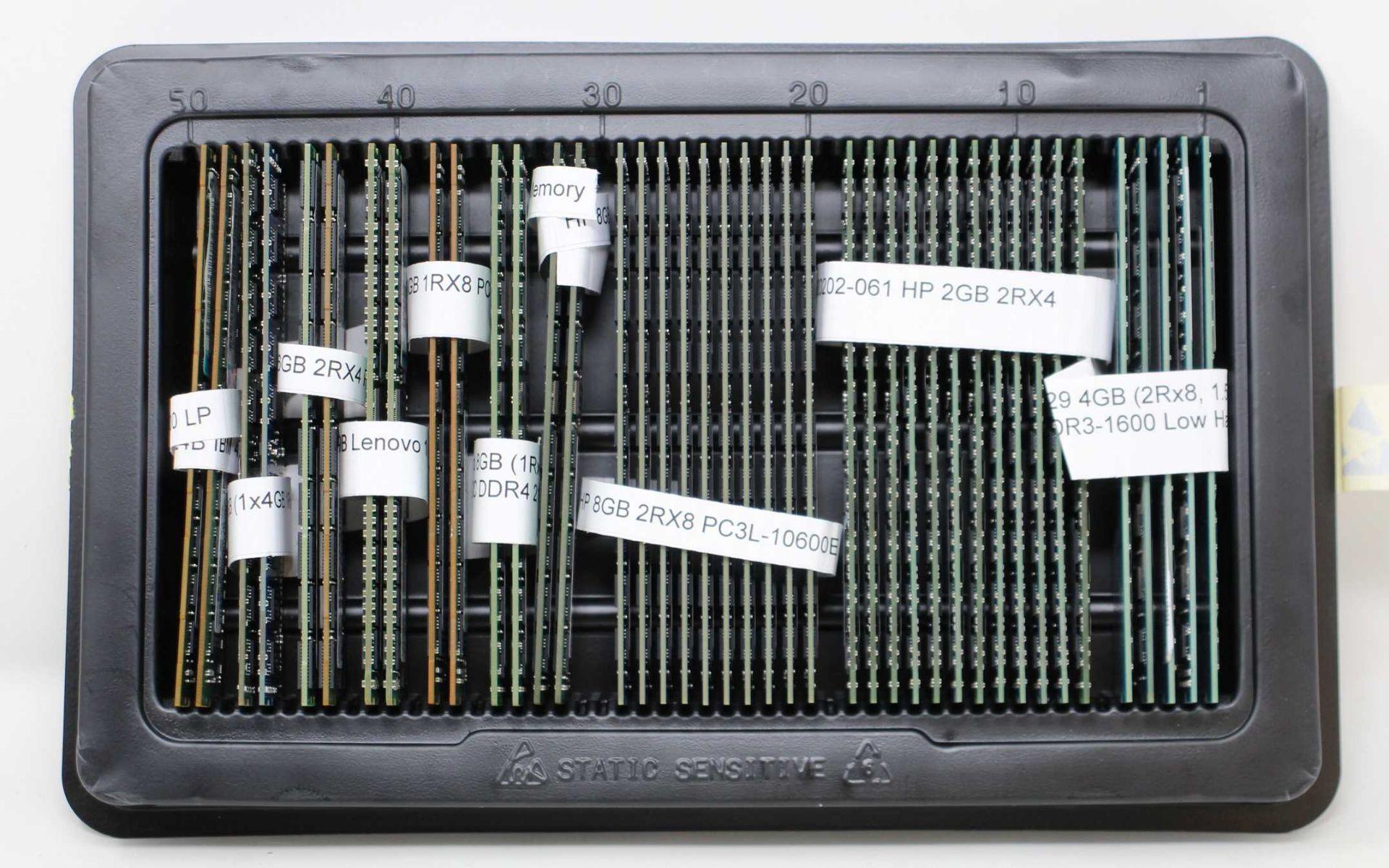 A quantity of assorted pre-owned RAM: 2 x 00D5024B IBM 4GB 1RX4 PC3L-12800 LP, 2 x 49Y1599B IBM