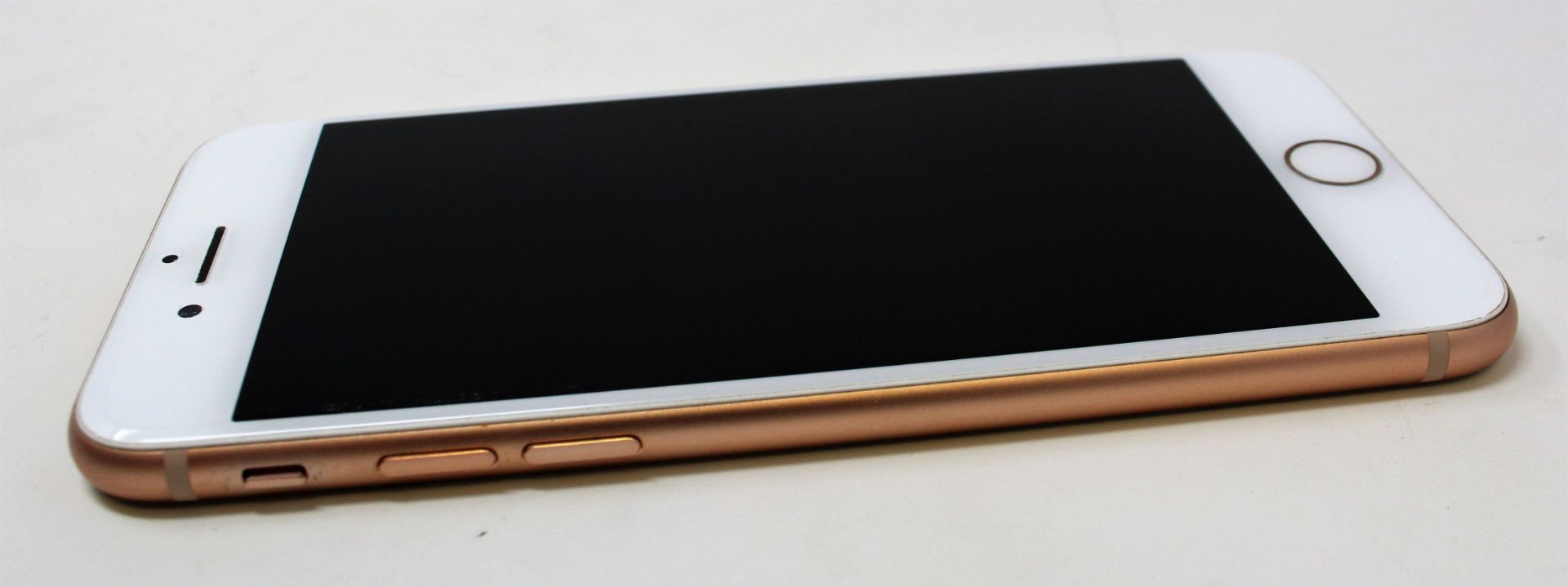 A pre-owned Apple iPhone 8 (AT&T/T-Mobile/Global/A1905) 64GB in Gold (iCloud activation clear) ( - Image 6 of 7