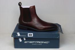 A pair of as new Steptronic Mayfair boots (EU 44).